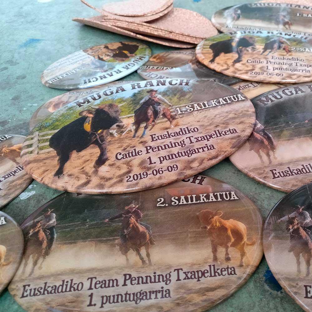 Trofeos personalizados en cerámica - Druyen Fotocerámica y Deco
