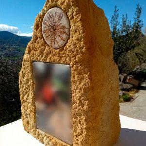 Arte para la memoria: monolitos funerarios - Druyen Fotocerámica y Deco
