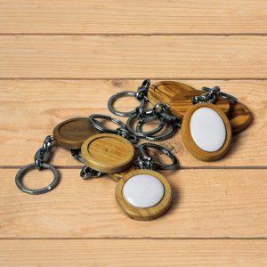 Arte para la memoria: llaveros personalizados en porcelana, madera y metal - Druyen Fotocerámica y Deco